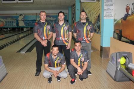 HOT FOREX CROCODILES Team Photo